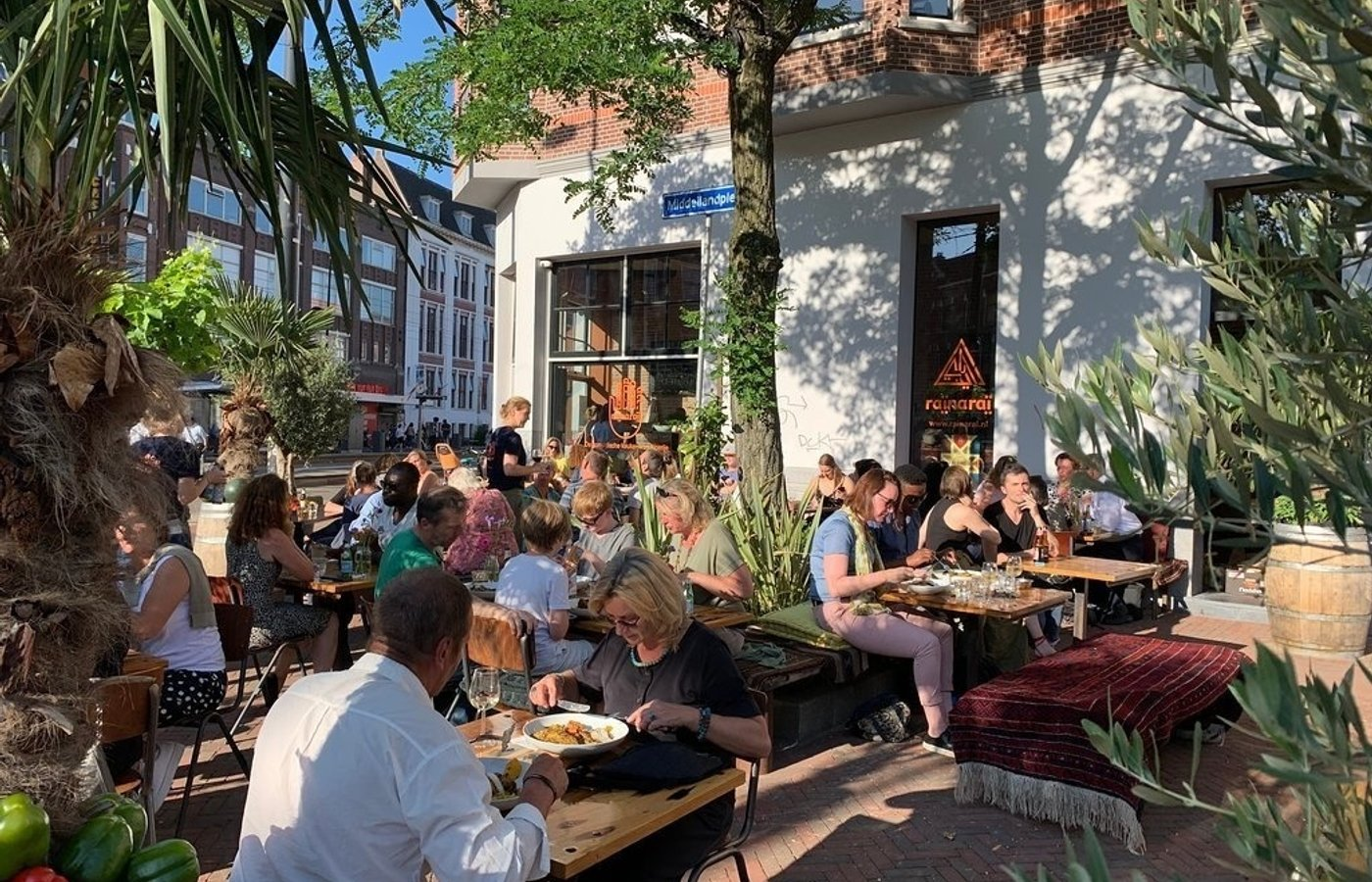 Where can I find the best food in Rotterdam-West?