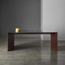 Meich table with yellow decoration
