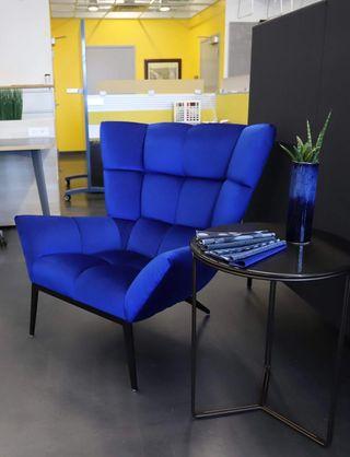 Bright blue Vioski chair