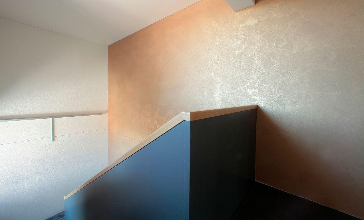 Treppenhaus gold