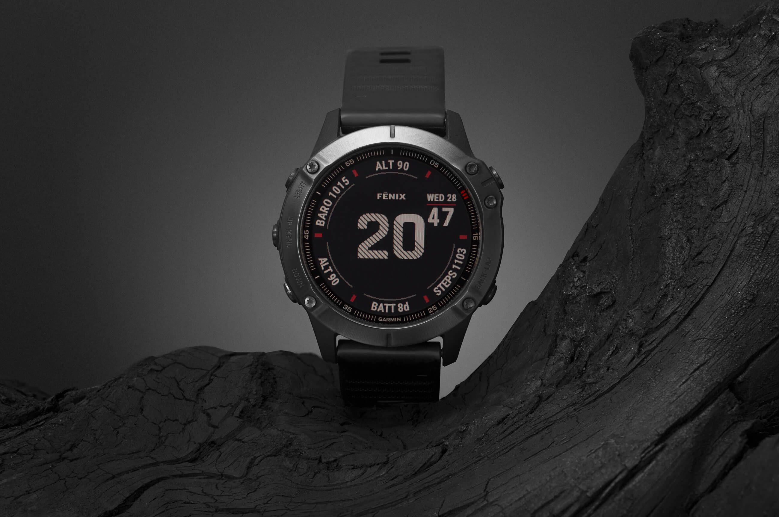Stylizowane zdjęcie produktowe zegarka Garmin Fenix 6 Pro