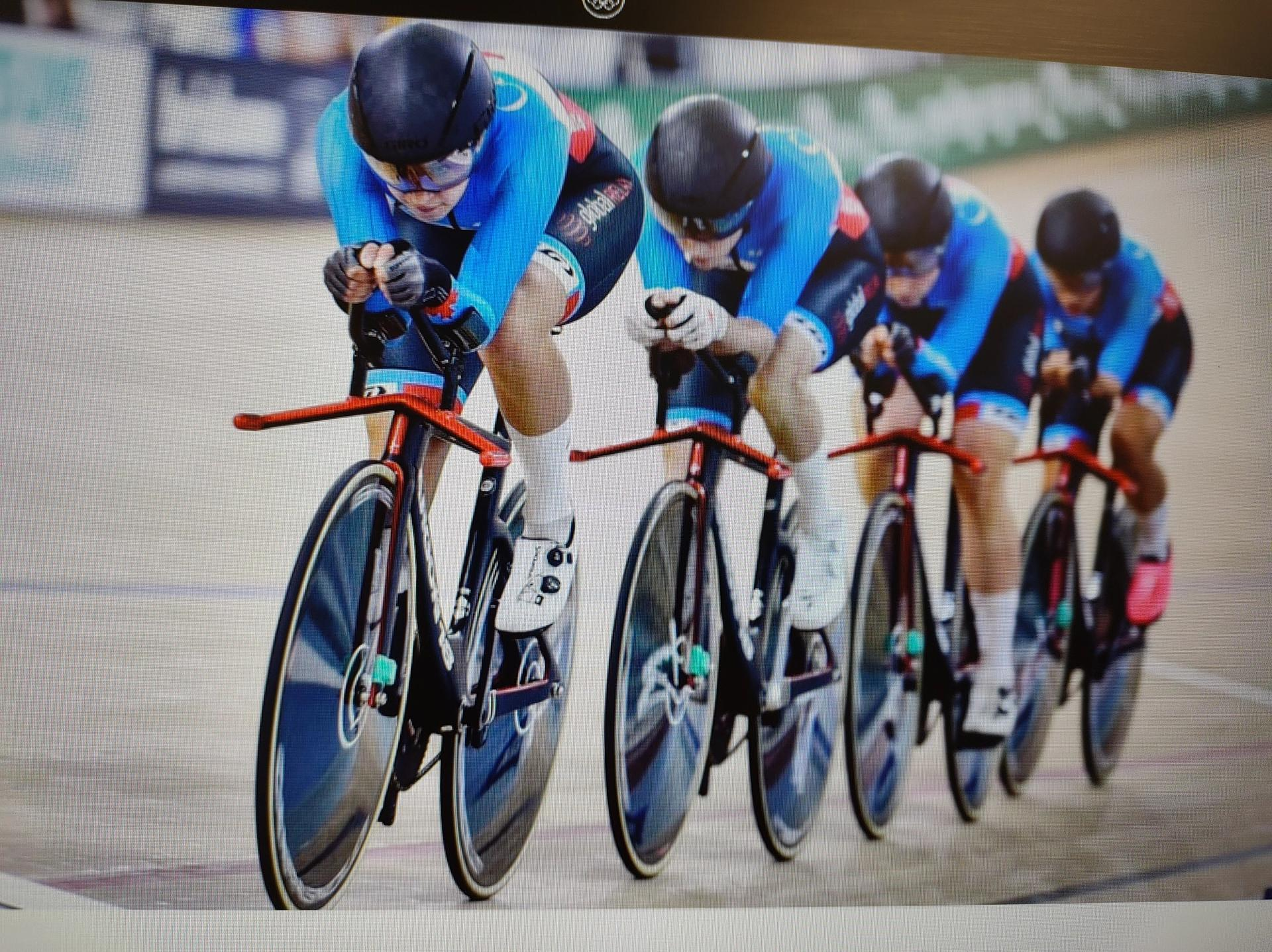 """Four Canadian women """"pursuit"""" cyclists compete at the """"Worlds"""" in Australia in 2019."""