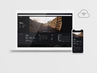 Controlling virtual set via web interface