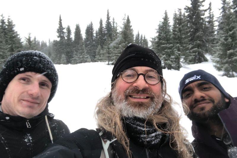 Holm, Simen, Radhe in skiing