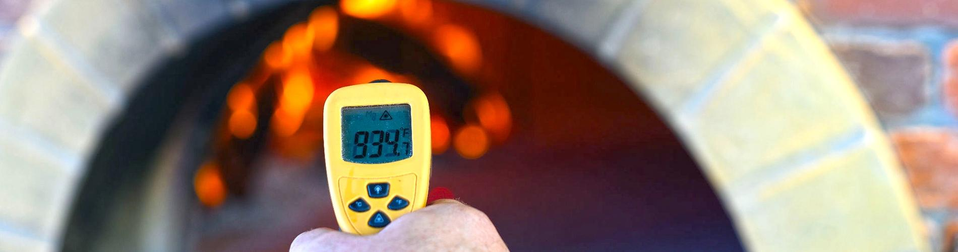 Wood Fired Pizza Oven Temperature Measured with a Temp gun