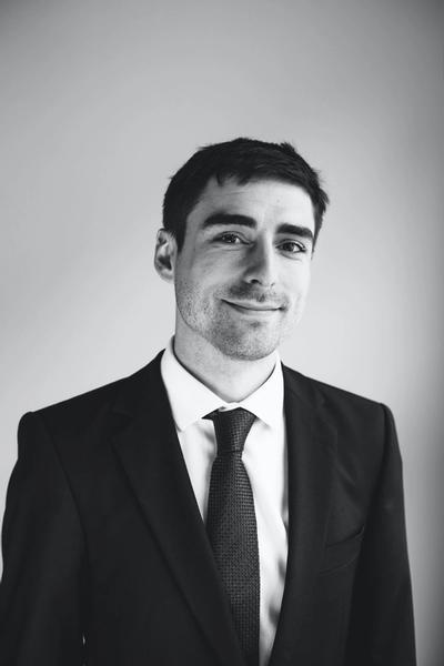 Maximilian Böhme ist Rechtsanwalt in unserem Berliner Büro und gehört der Praxisgruppe Sozialrecht bei Hopkins