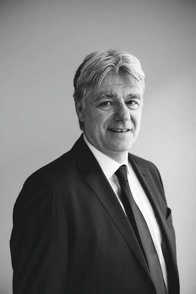 Jörg Clauß ist Rechtsanwalt in unserem Berliner Büro und gehört der Praxisgruppe Arbeitsrecht bei Hopkins an.