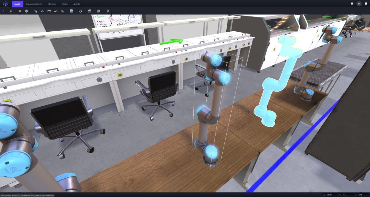 The Universal Robot UR5 has been digitalized and placed in the virtual factory.