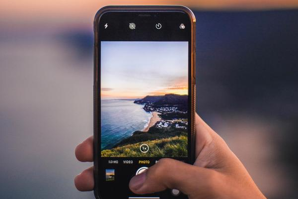 Stay Connected   Mobile Phone Options for your visit to South Africa
