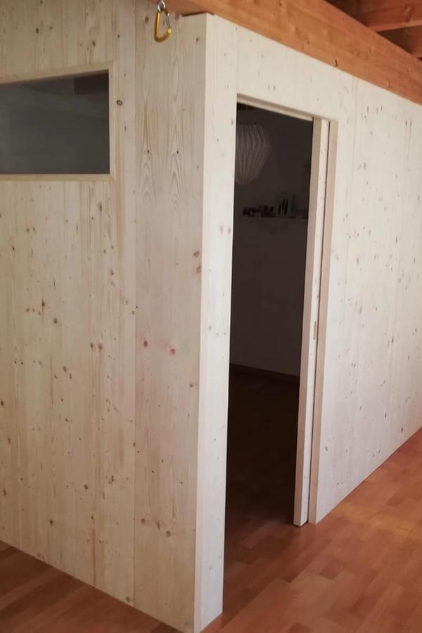 Trennwände aus Holz