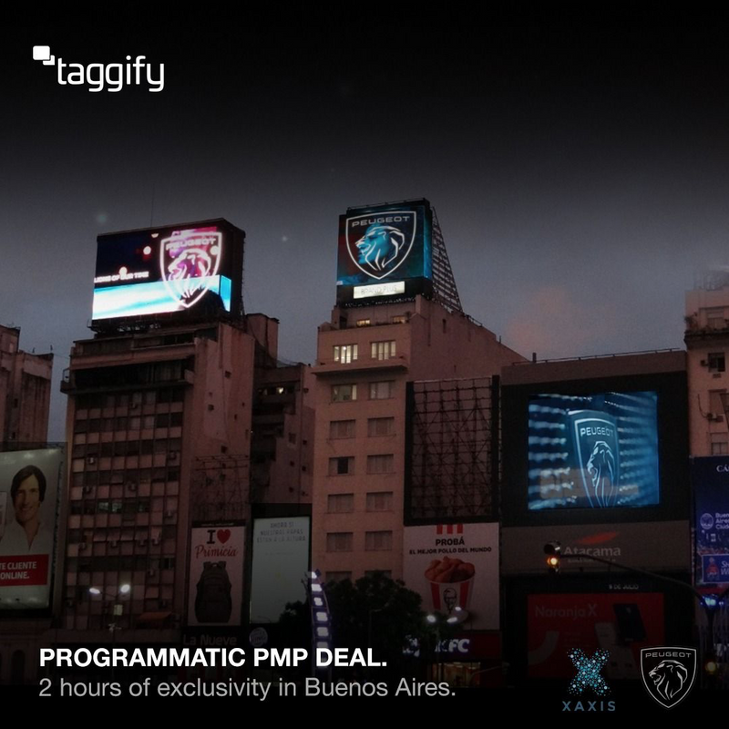Peugeot made an exclusivity campaign in Obelisco screens to reveal its new Brand