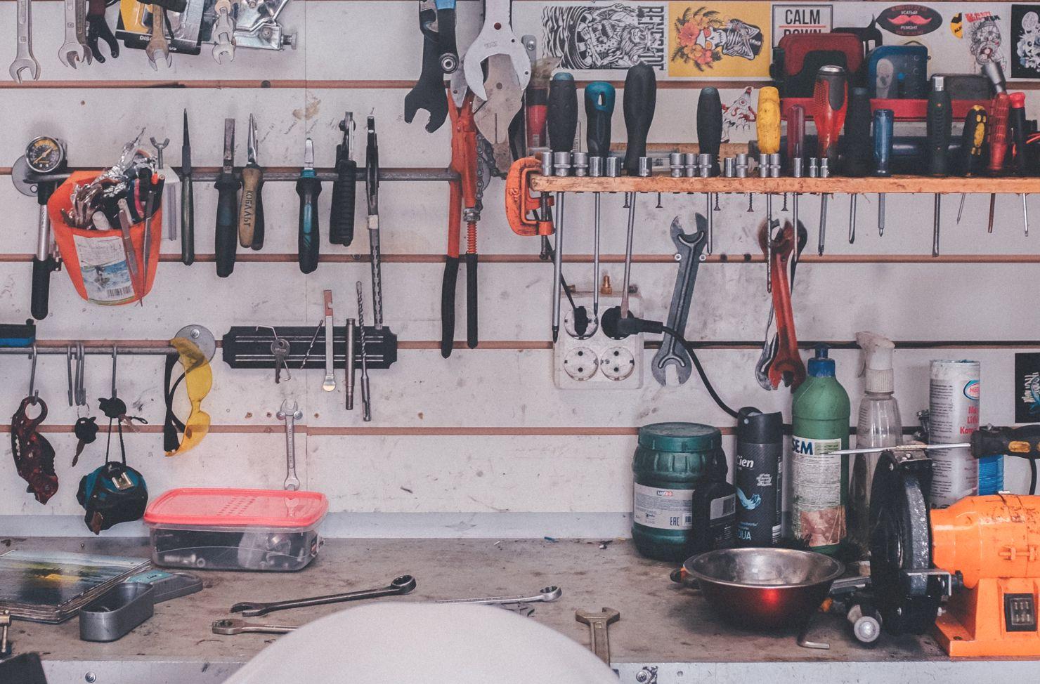 orginised tool shed