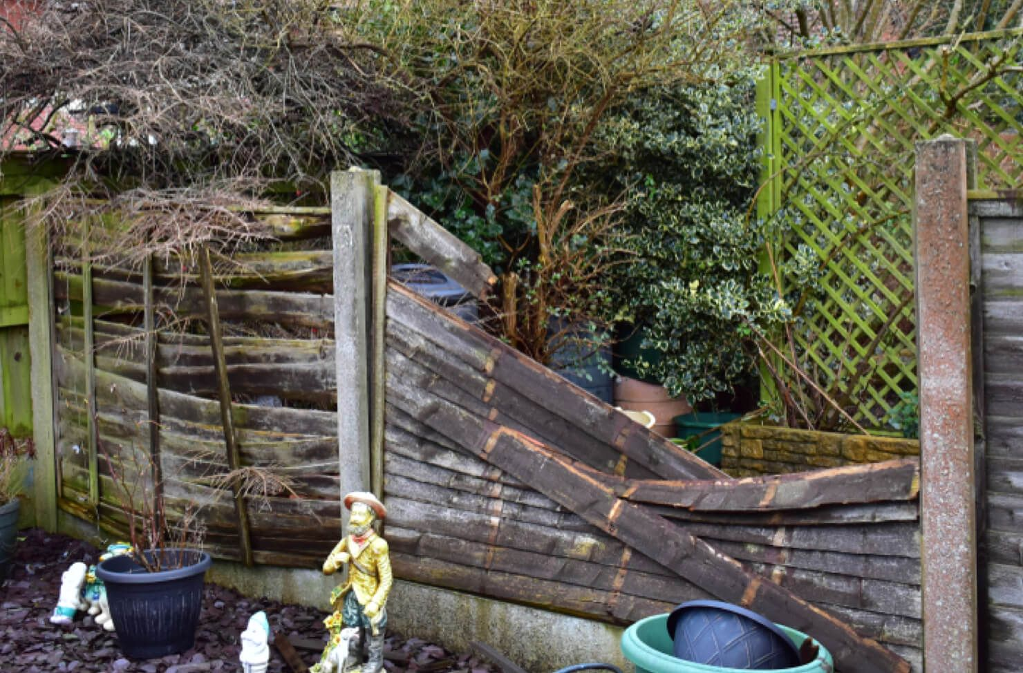 fence panel removal