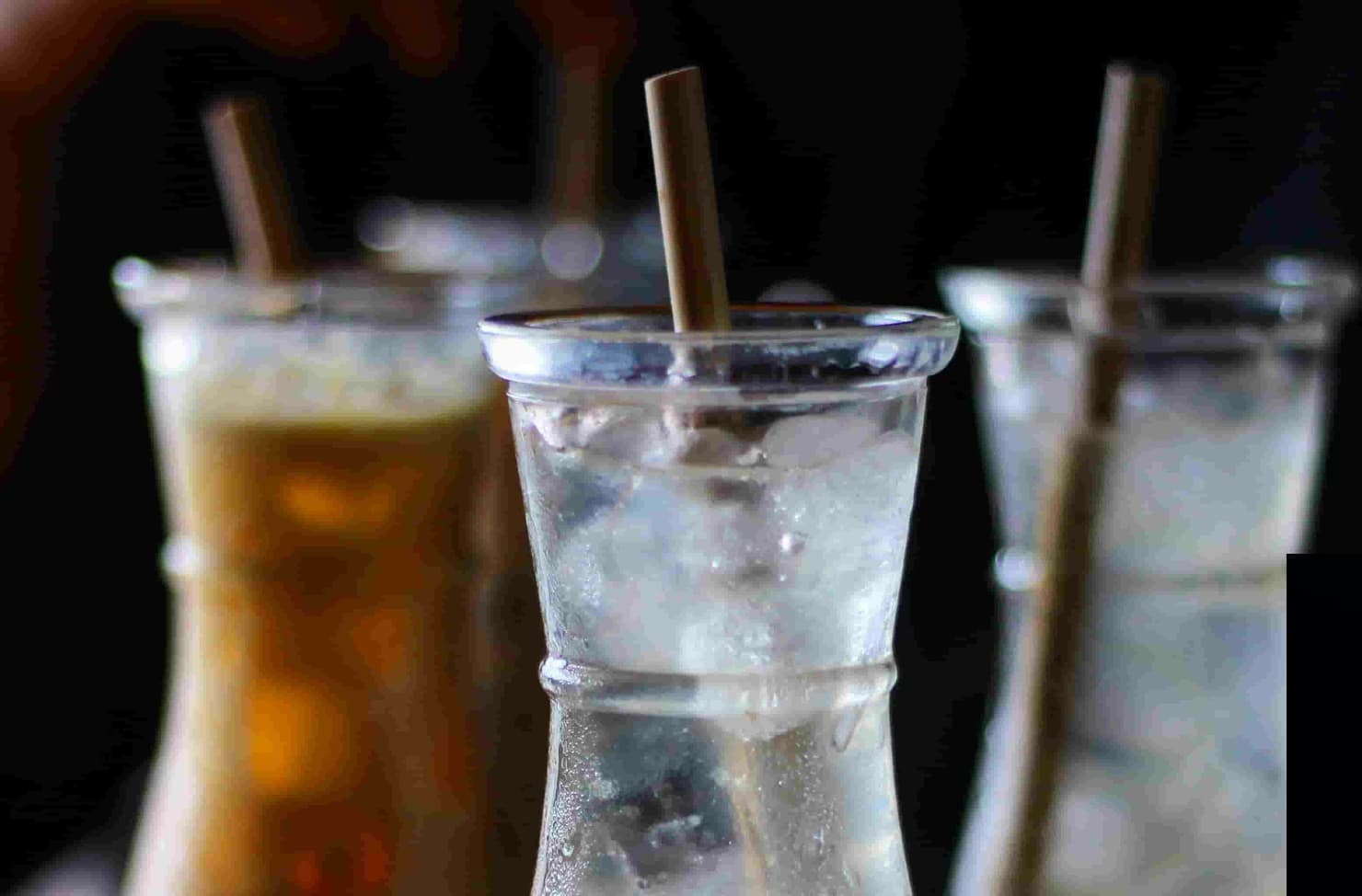 babmboo straws in a drink