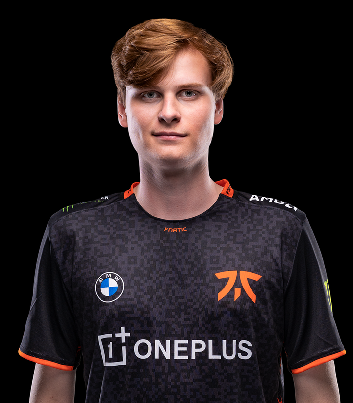 Upset signs for Fnatic