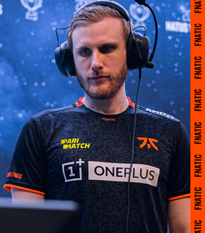 Andreas Samuelsson Head coach of FNATIC CSGO on stage at a tournament
