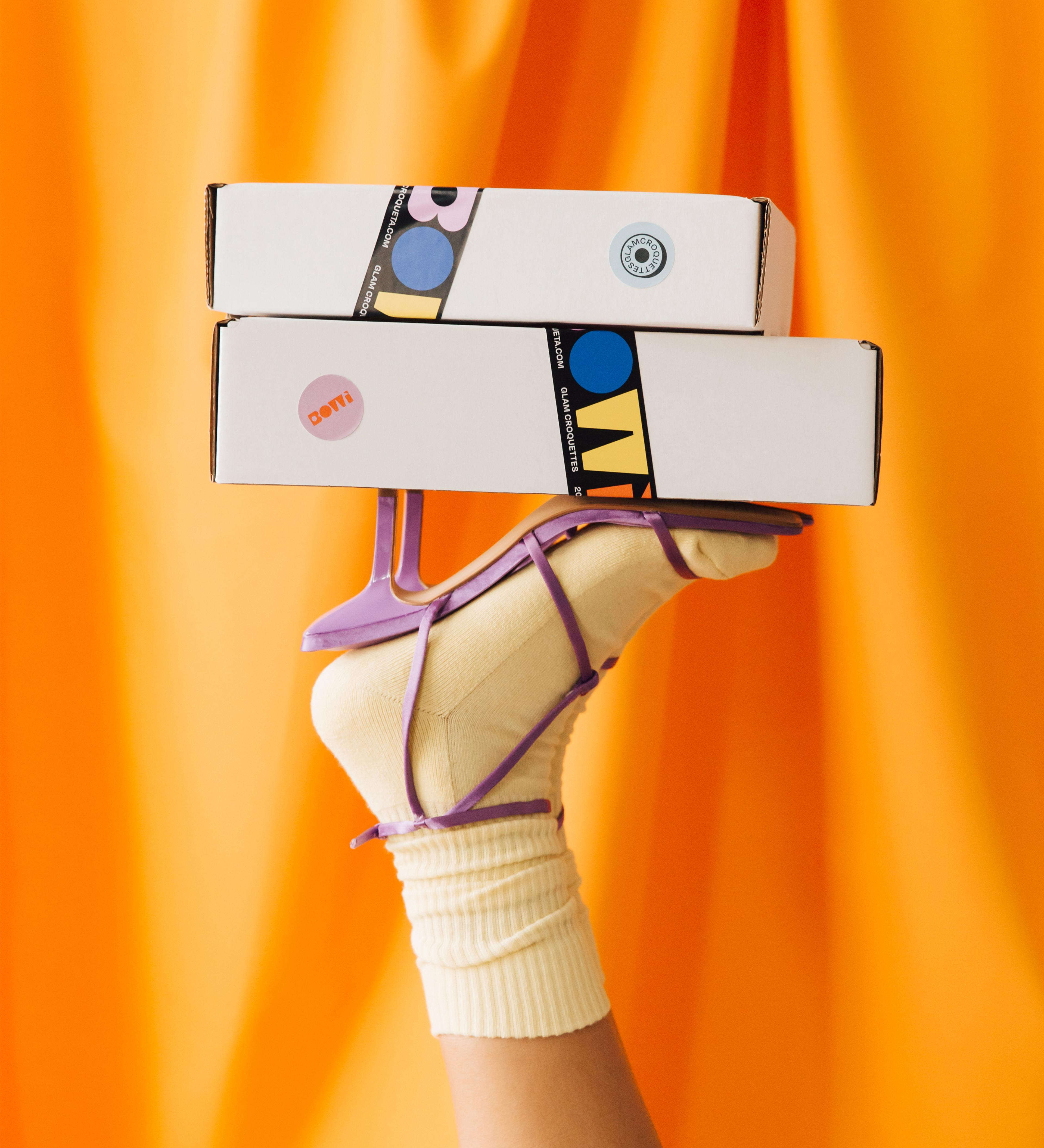 Bowi Croqueta Packaging by Blavet Studio