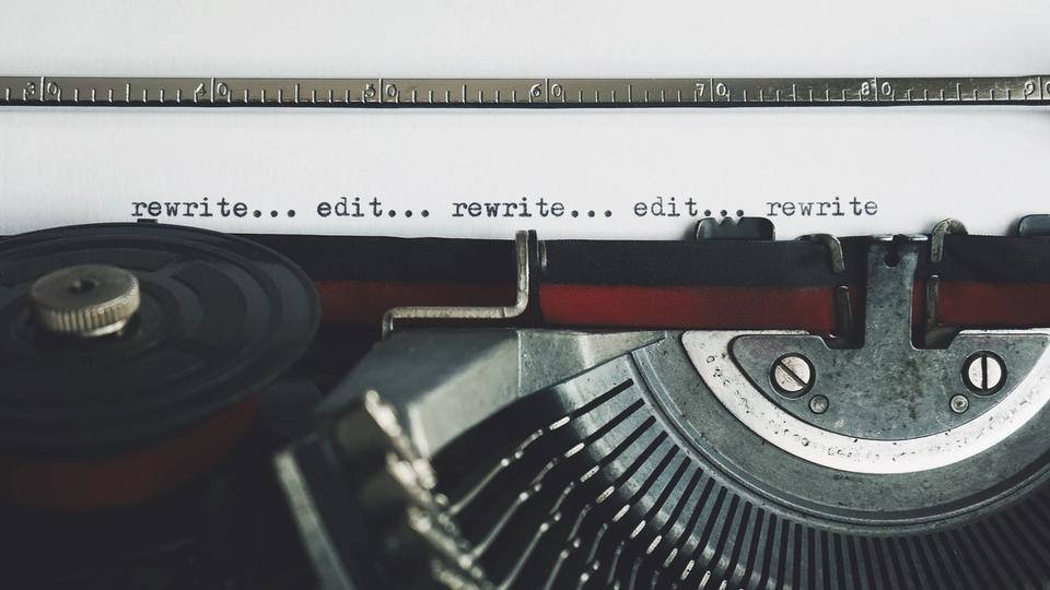 Écrire un incipit captivant : modifier, retoucher, corriger