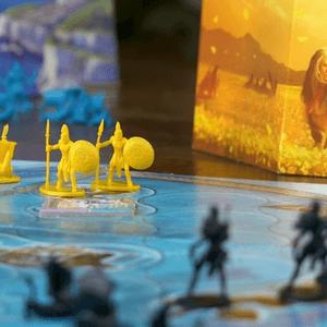 Żółte pionki oddziałów oraz statków (Cyklady)