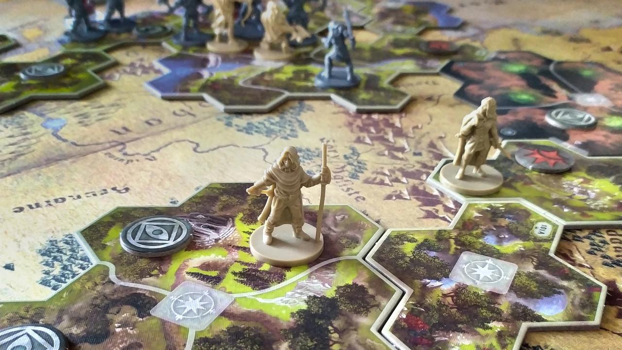 Władca Pierścieni: Podróże przez Śródziemie, proj. Nathan I. Hajek, Grace Holdinghaus
