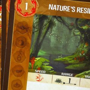 Zbliżenie na kartę Nature's Resilience (Spirit Island)