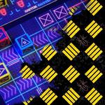 Miniatura podcastu 4; z lewej widoczne elementy gry RoboDerby: Express