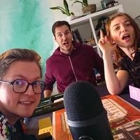 """""""Ekipa WWG ogrywa Mercado przed podcastem"""", 2021, koloryzowane  A efektów można od wczoraj posłuchać w nowym odcinku. Ktoś..."""