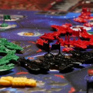 Jednostki leżące na planszy (Twilight Imperium: Fourth Edition)