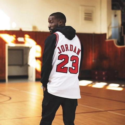 Authentic Jordan jerseys just dropped!   Serious vintage 🔥  . . . . #michaelJordan #chicagobulls #vintage #h...