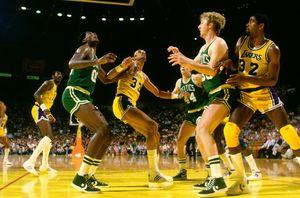 Best of the 80s: Larry Bird vs Magic Johnson