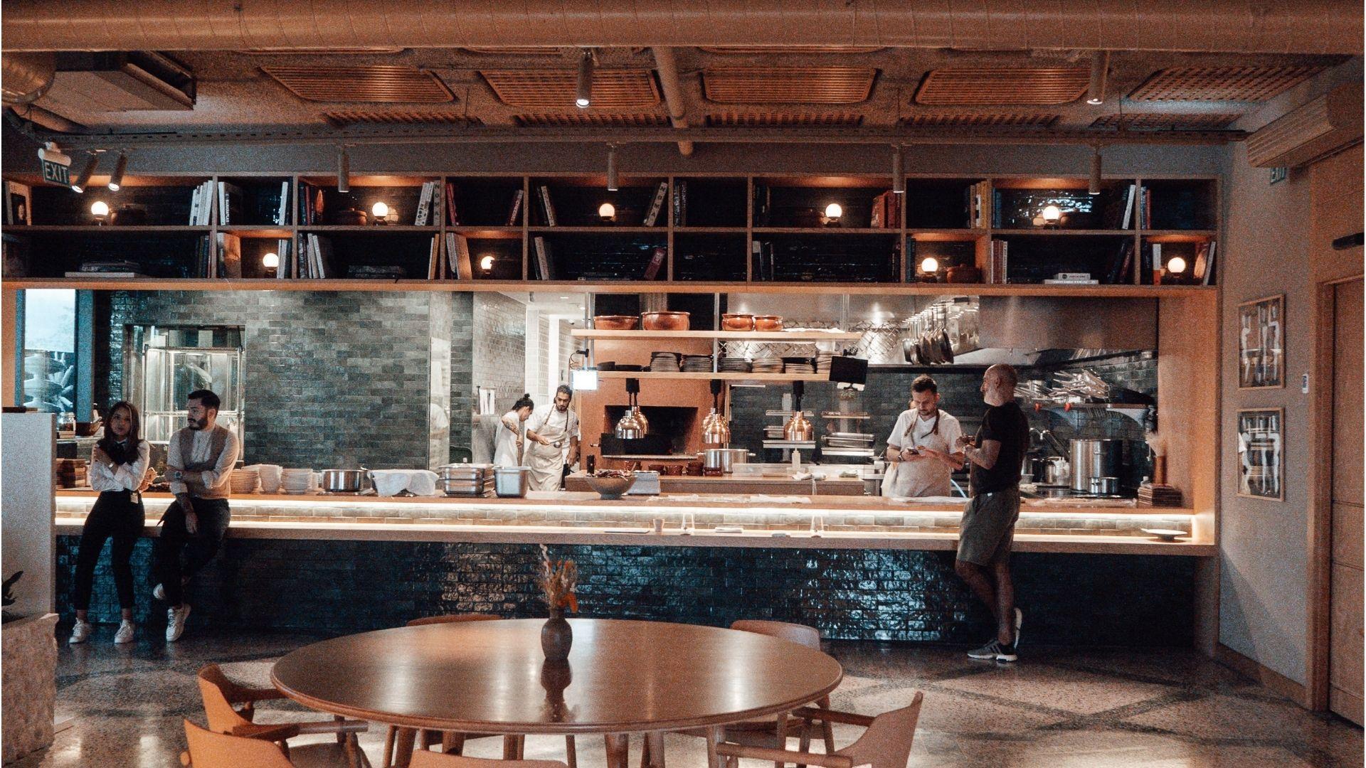 Restauranteiere og ansatte sliter fortsatt