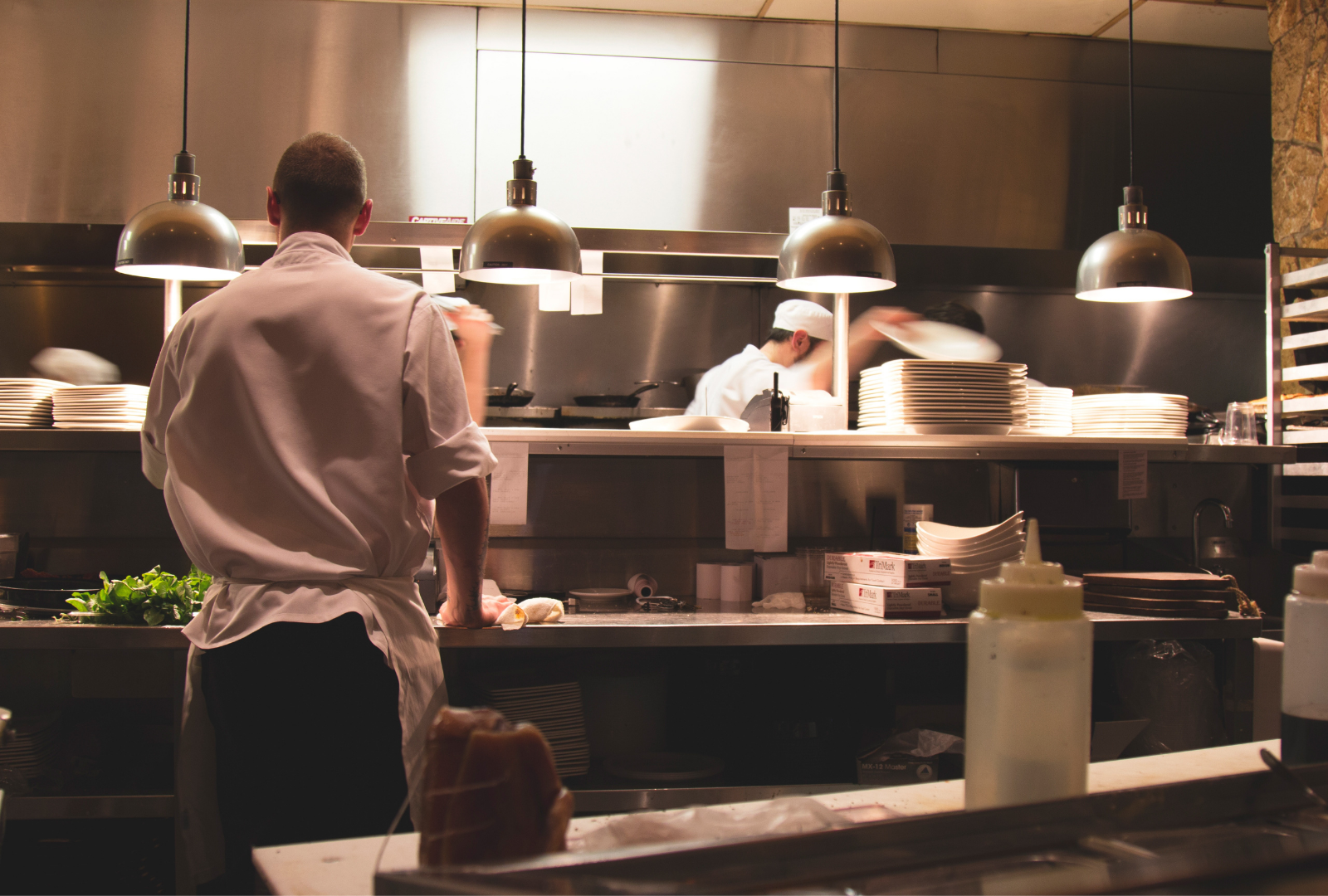Restaurant industry struggle with labour shortage