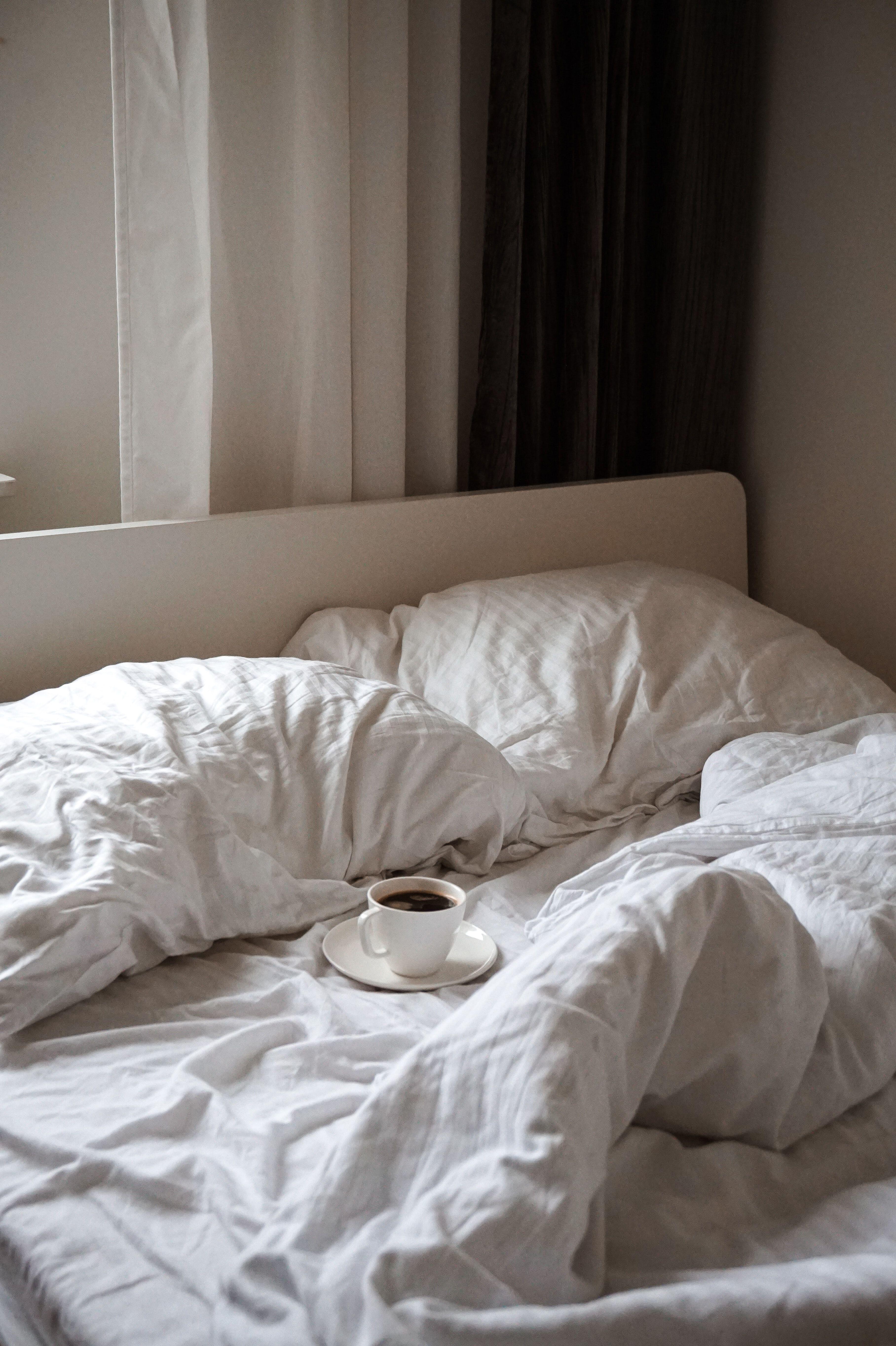 Foods that help you sleep | Coffee in bed | Proper