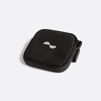 Soft pouch with zip to store NURALOOP earbuds
