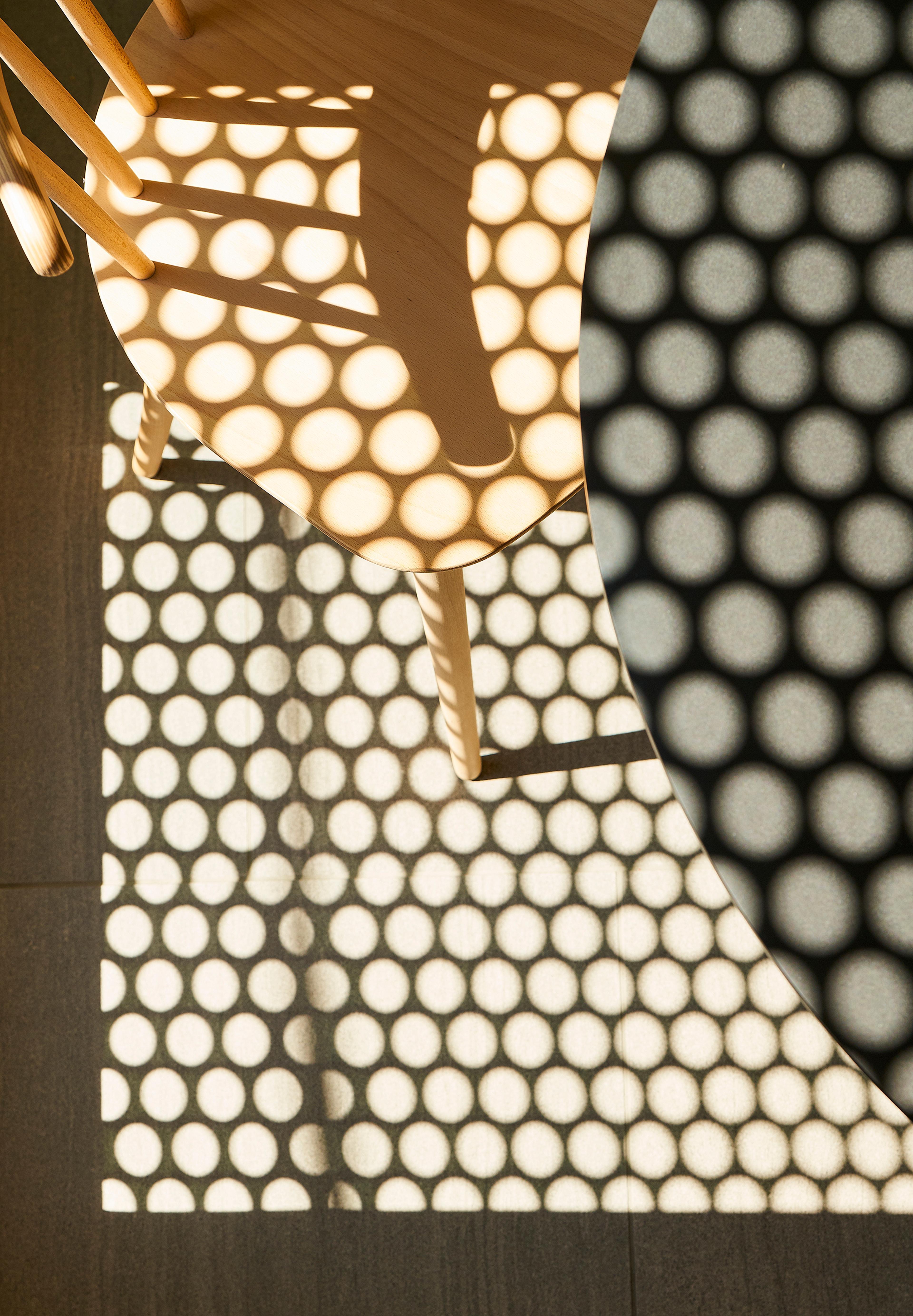 Natural light in the interior of Semi Semi