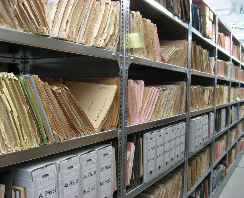 Akten – Bericht zur Entwicklung der Webseite der Stasi-Mediathek