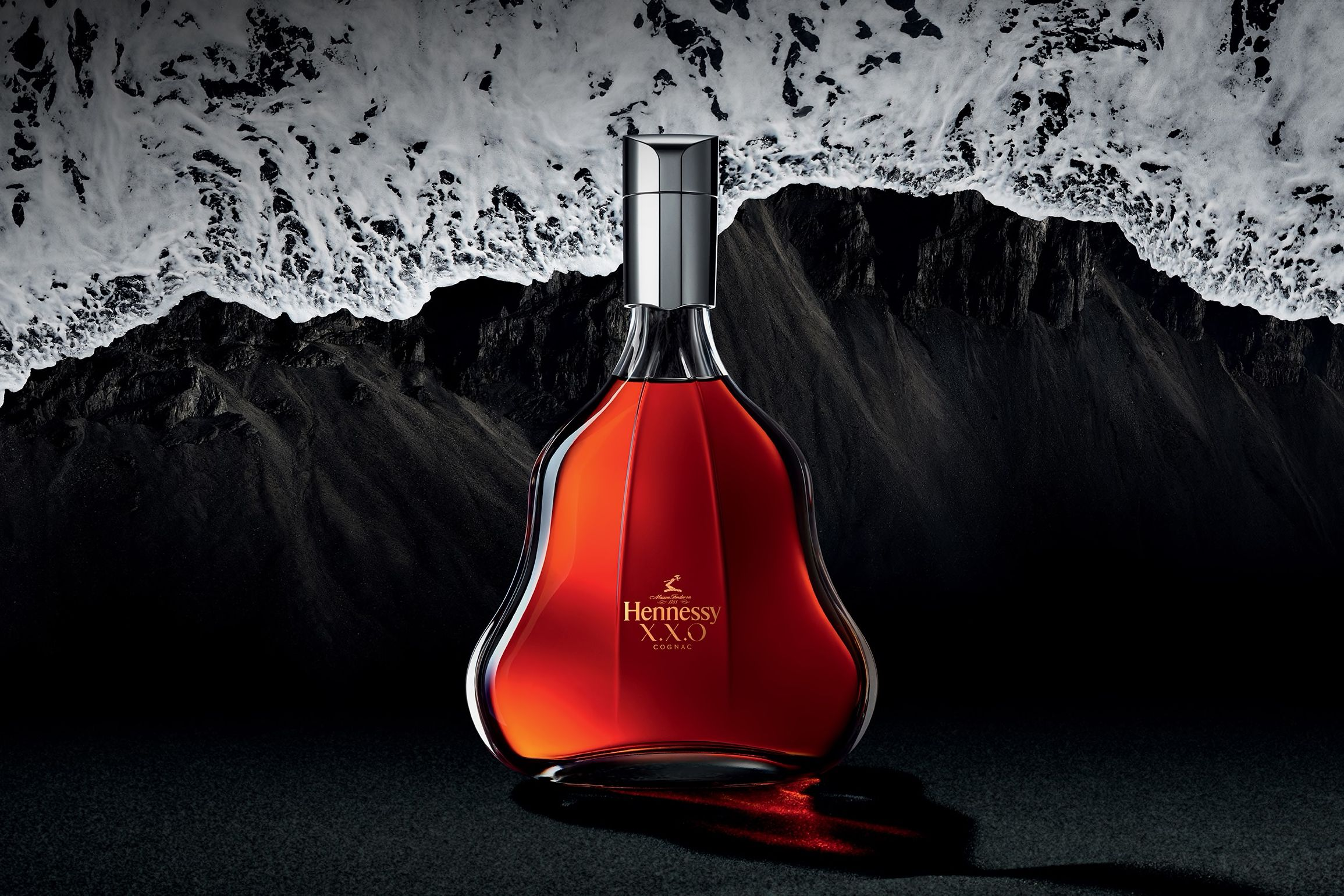 Hennessy XXO logo applied to bottle