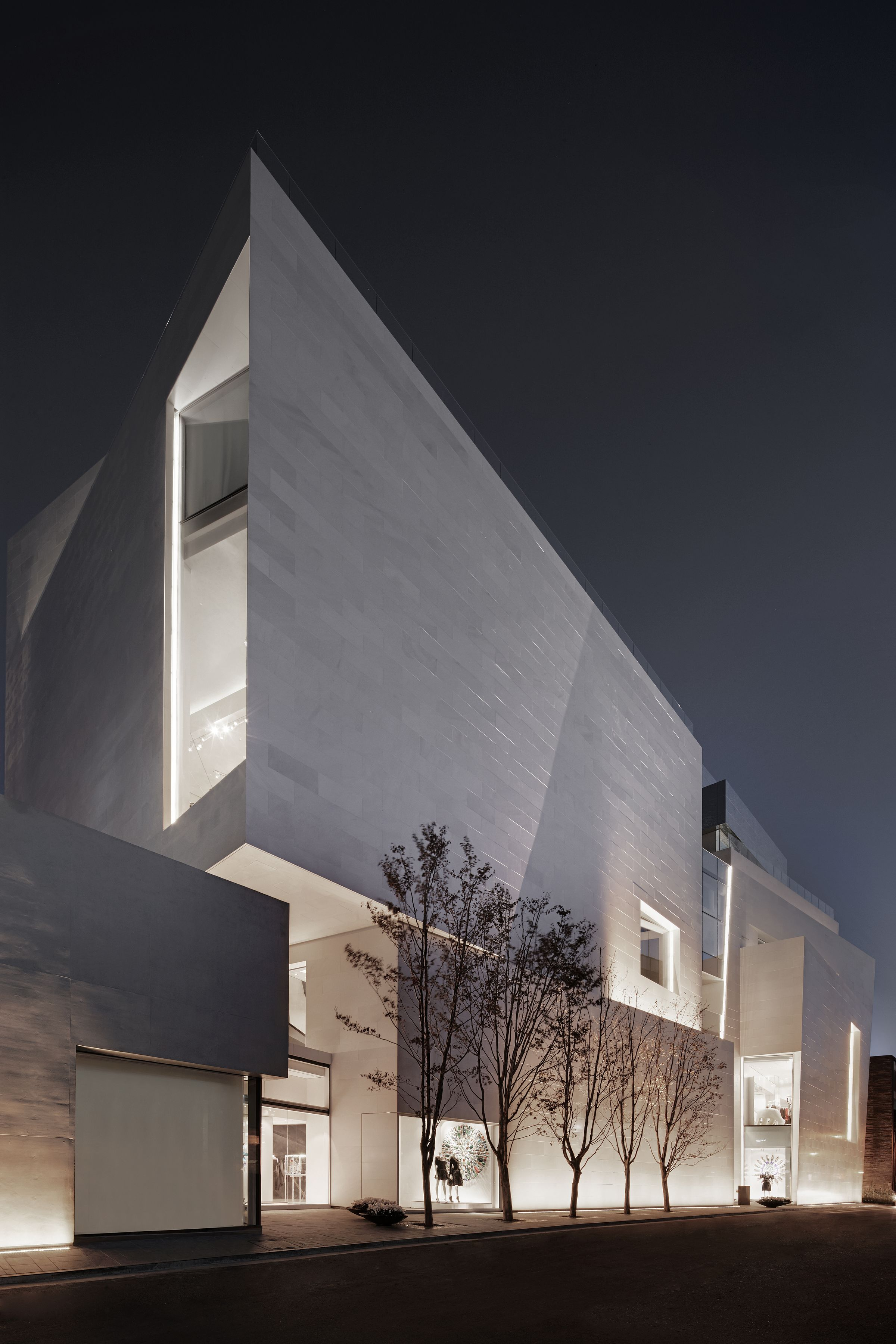 BOONTHESHOP flagship building exterior by Peter Marino Architects