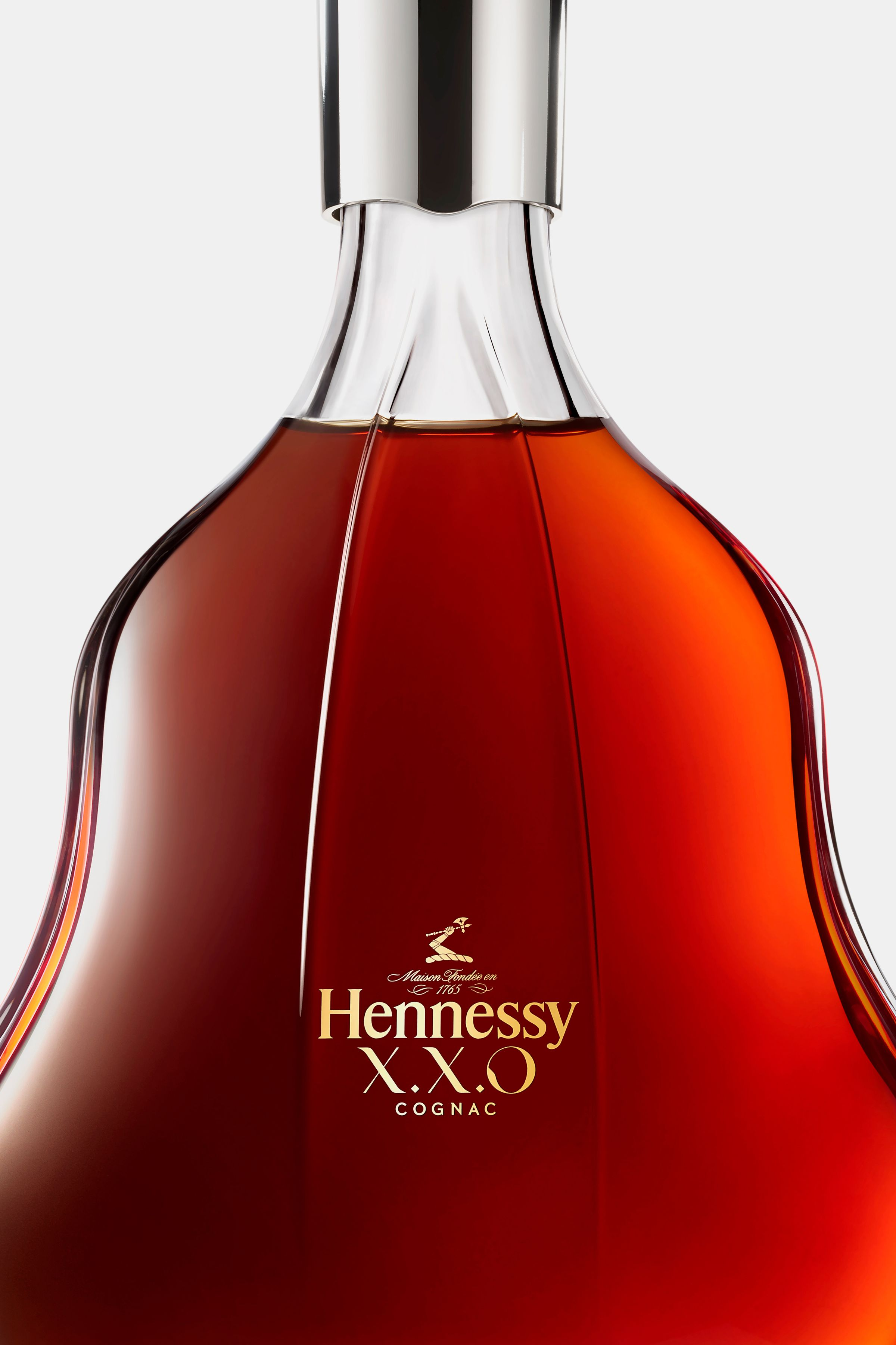 Hennessy XXO logo design applied to bottle