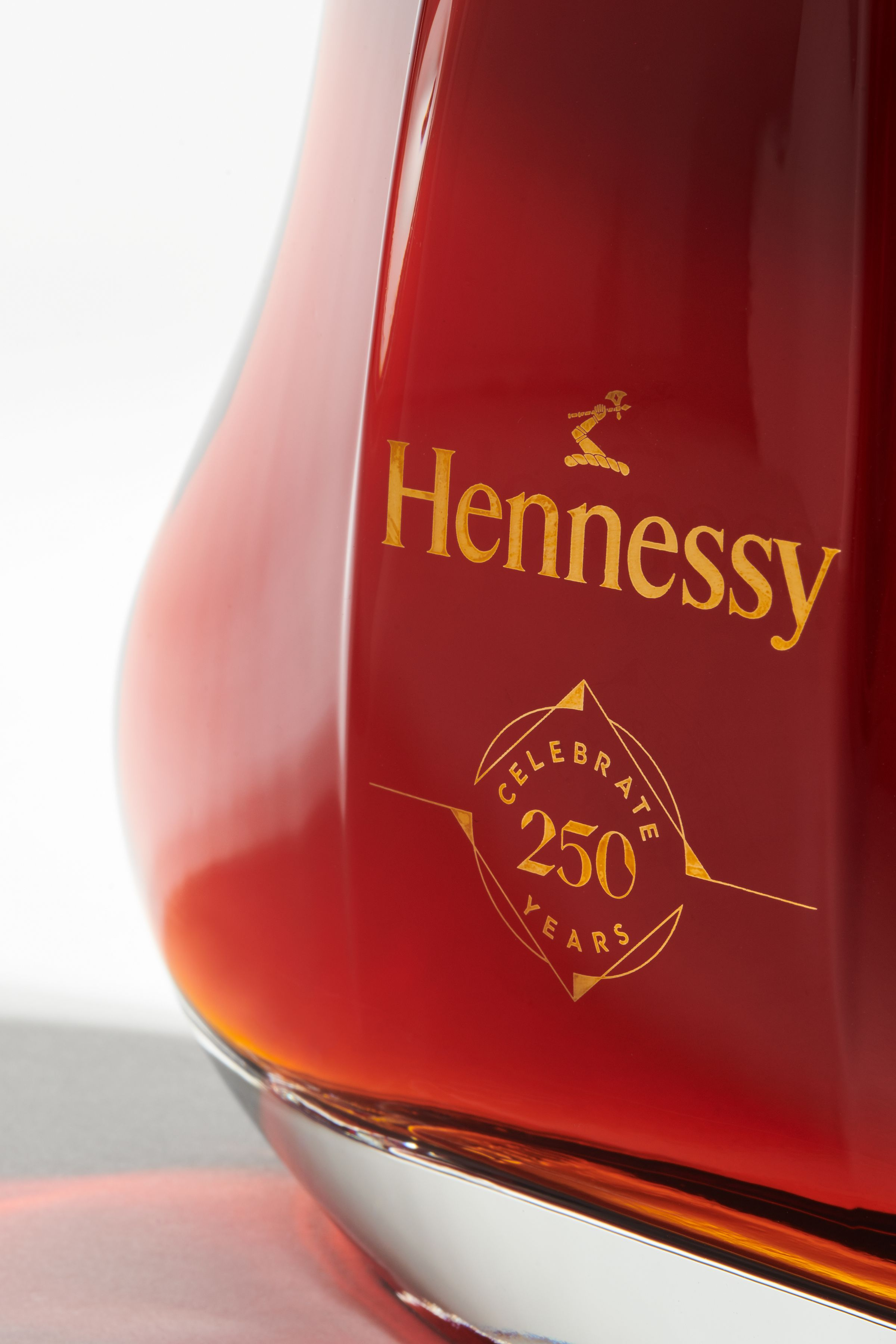 Hennessy 250 anniversary collector's blend logo applied to bottle