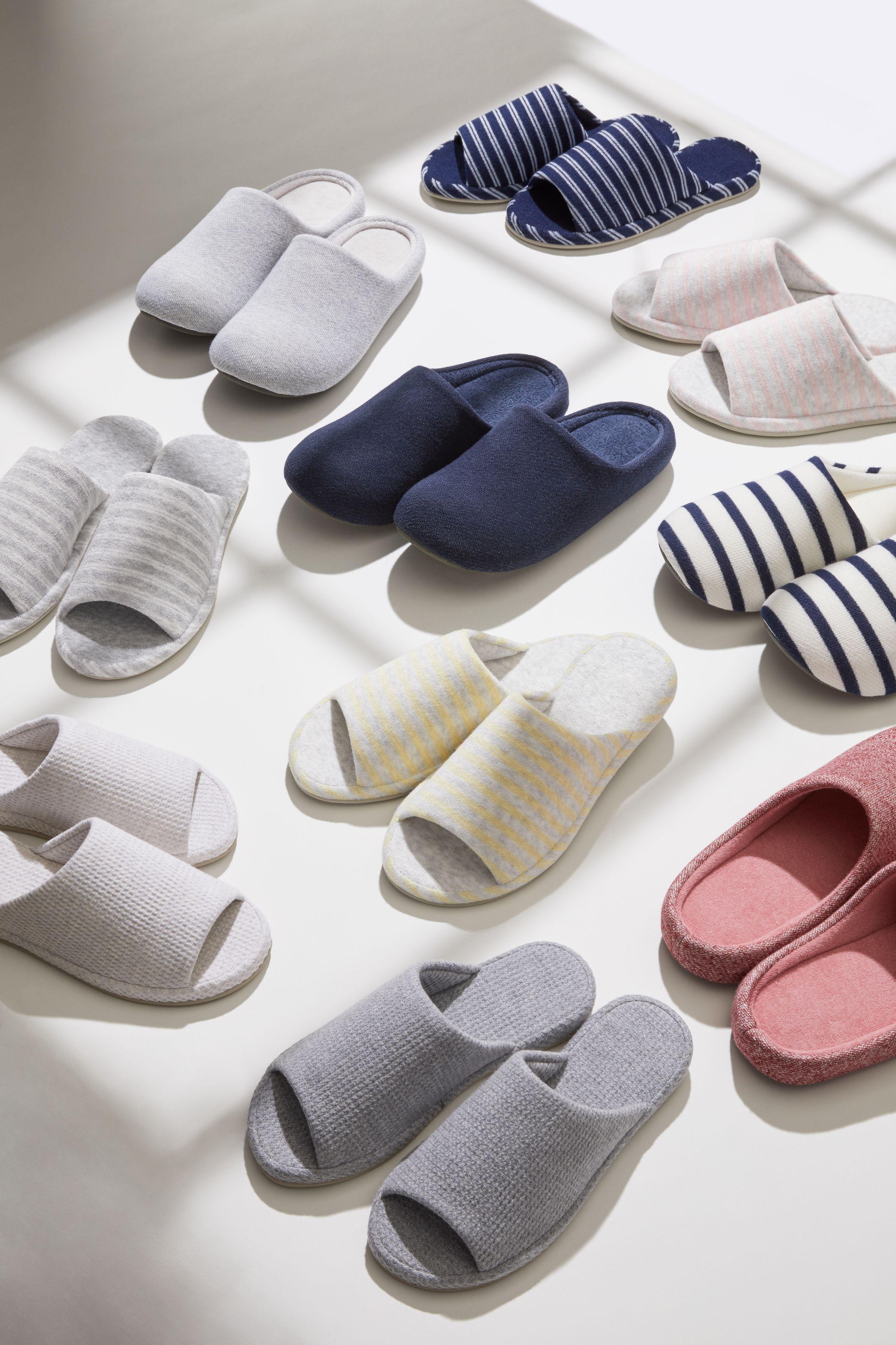 Uniqlo laydown still life art direction slippers