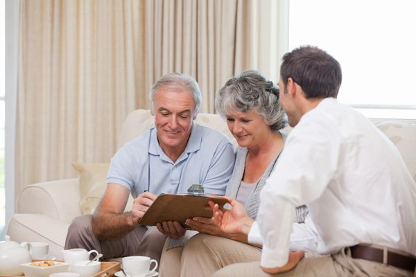 A senior couple from Pittsburgh discussing the best term insurance in Pittsburgh