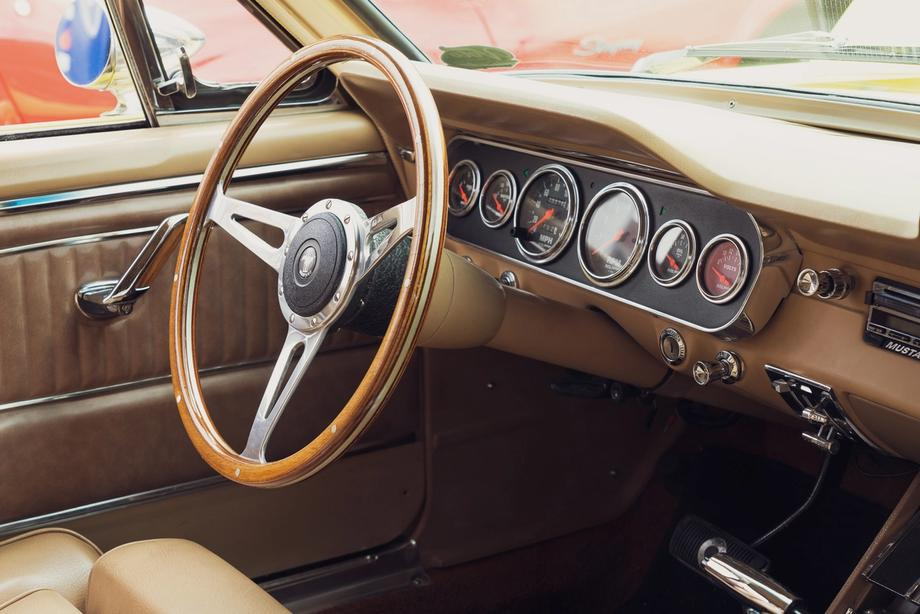 Inside the Mustang