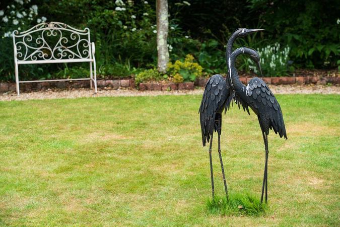Crane sculpture in the White Garden