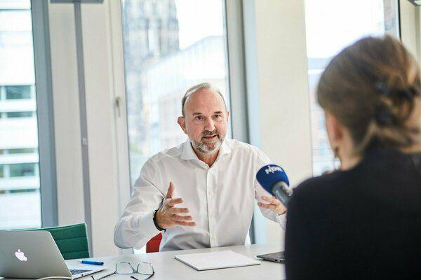 Interview NDR Podcast, Kliniken geht das Geld aus