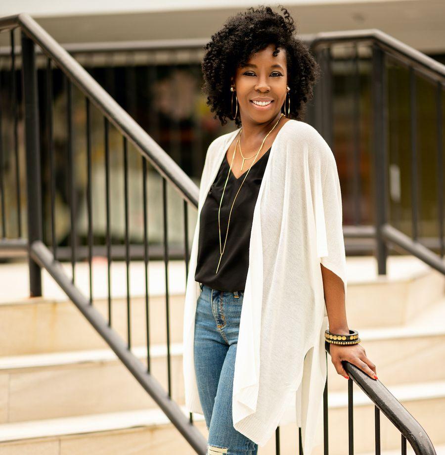 Shawanda Williams | Author, Poet