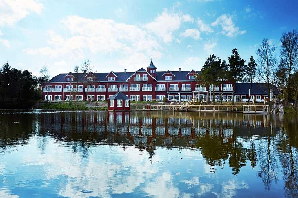 Bo midt i parken på Fårup Hotel. Foto: Fårup Sommerland