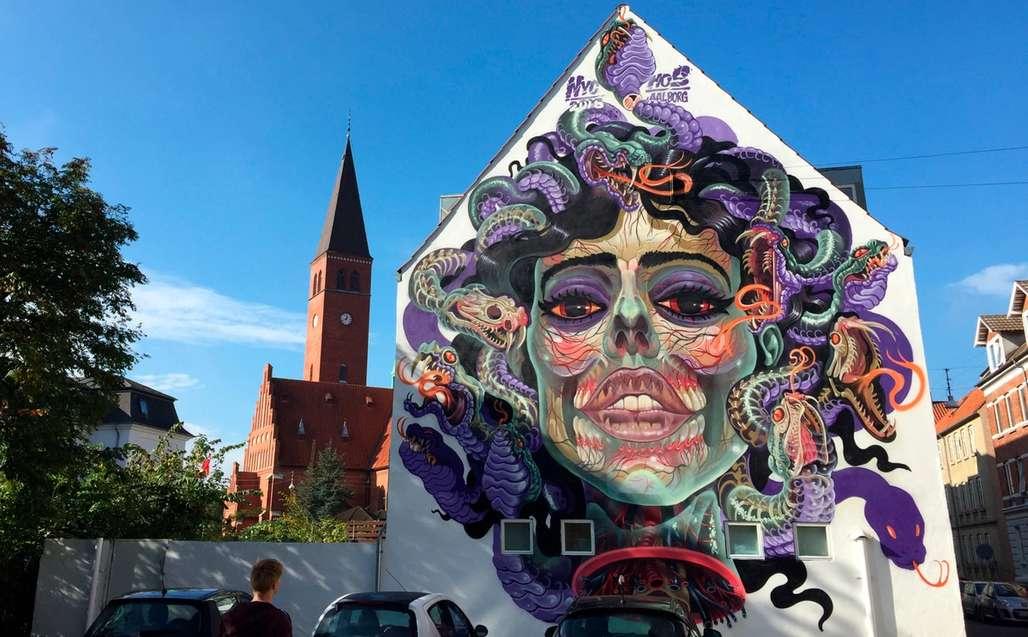 Du finner knapt en endevegg i Aalborg uten gatekunst