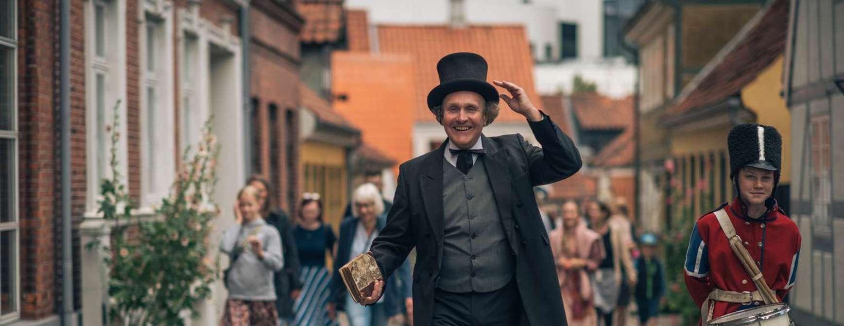 H.C. Andersen er meget sentral i Odense, snart 150 år etter sin død. Foto: Visit Odense