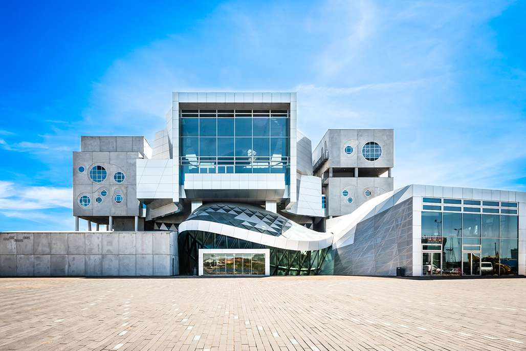 Musikkens Hus i Aalborg har en mildt sagt oppsiktsvekkende arkitektur